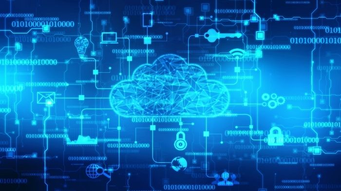 digital cloud surrounded by icons suggesting cloud and hosted managed services